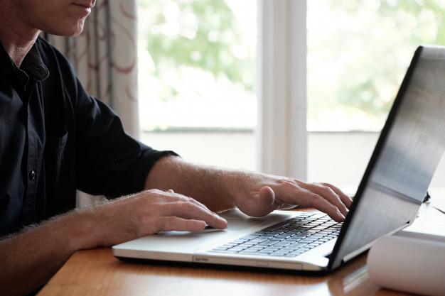 Los CRM te ayudan a gestionar bases de datos