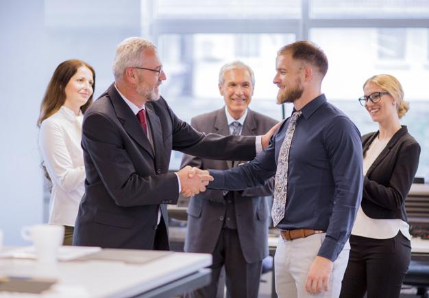 Empresas requieren un CEO que enfrenten crisis
